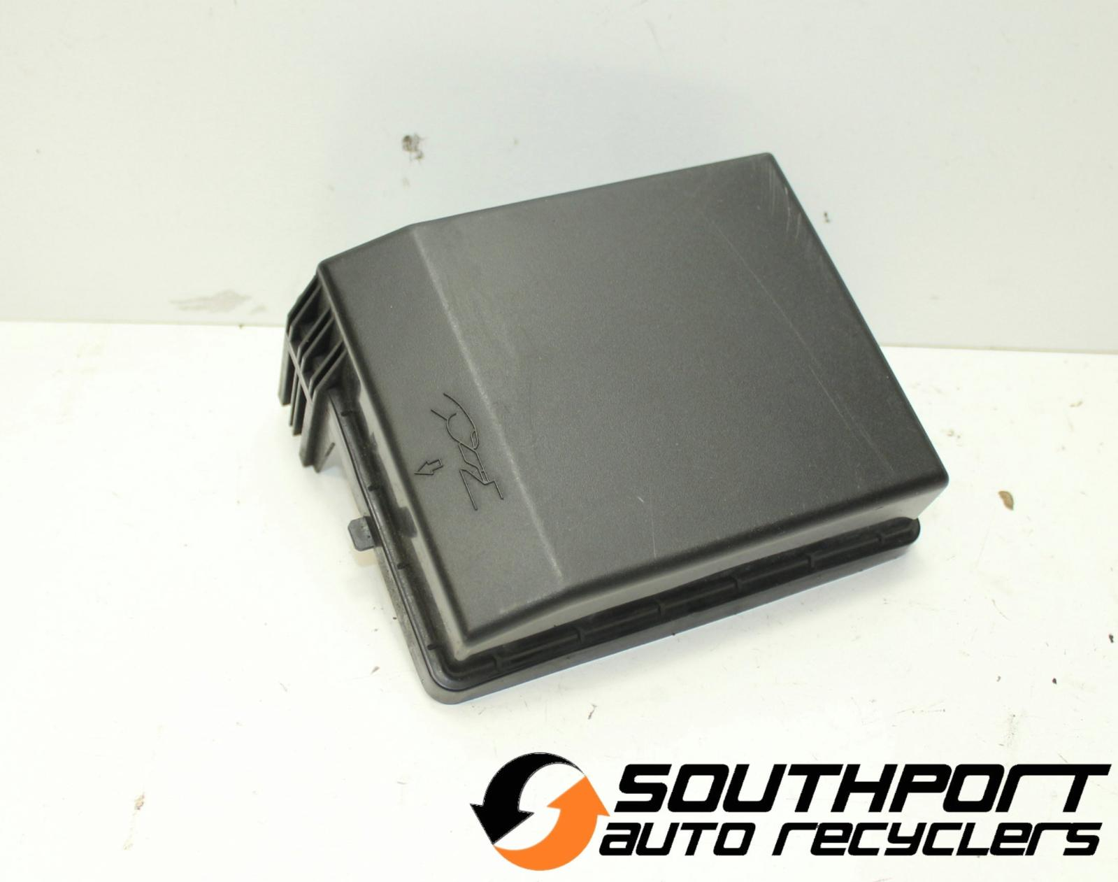 Image is loading 380-ENGINE-BAY-FUSE-BOX-COVER-09-05-